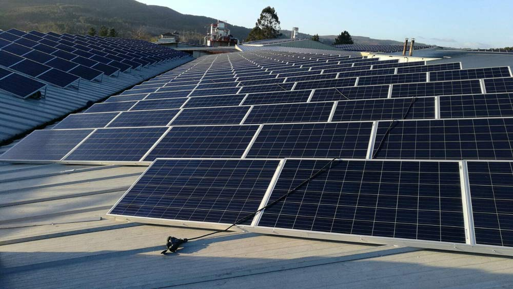 Energía solar térmica o fotovoltaica: ¿cuál te conviene usar?