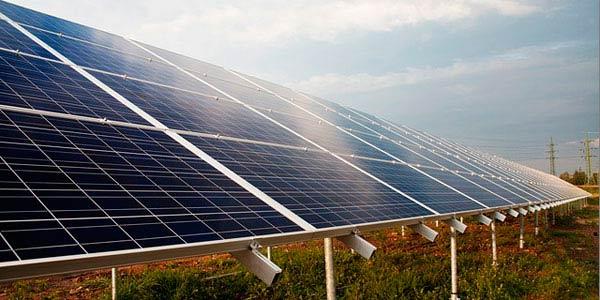 La energía aerotermica y fotovoltaica se juntan para mejorar la climatización
